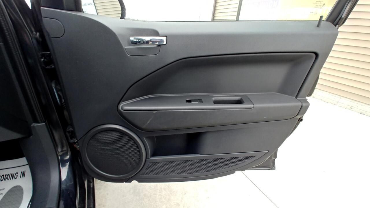 2009 Dodge Caliber 4dr HB SXT
