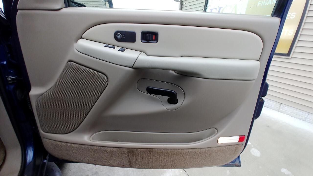 2002 Chevrolet Suburban 4dr 1500 4WD LT