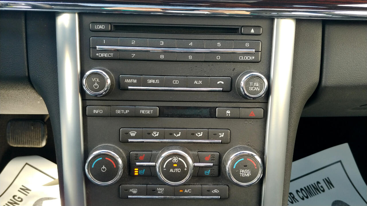 2011 Lincoln MKS 4dr Sdn 3.7L FWD