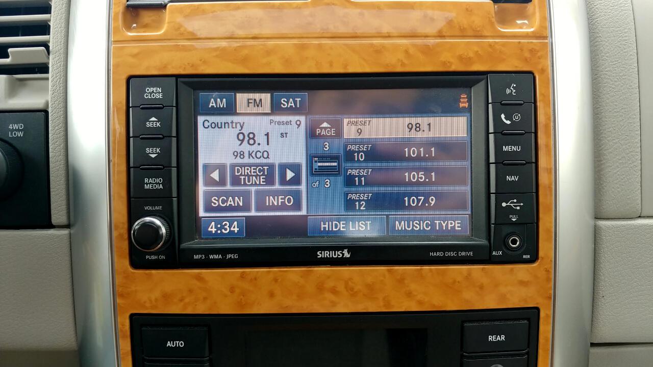 2008 Chrysler Aspen AWD 4dr Limited