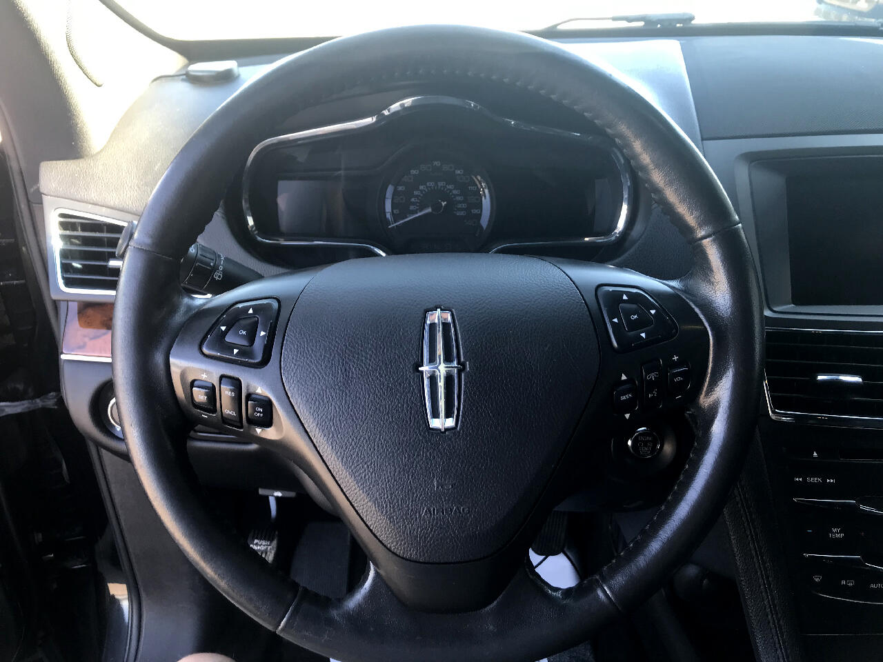 2014 Lincoln MKT 4dr Wgn 3.7L AWD w/Livery Pkg