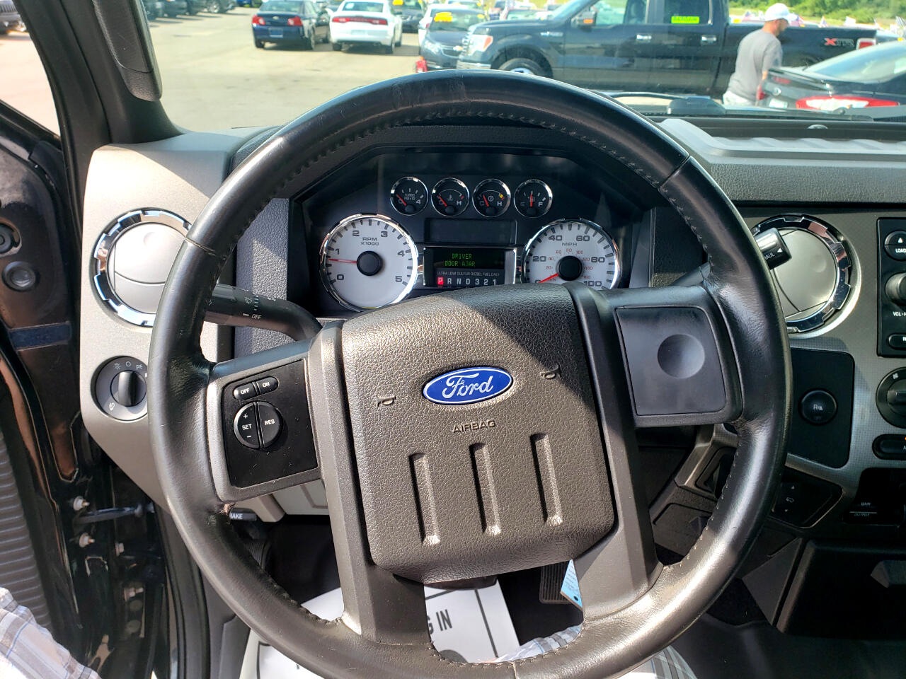 2008 Ford Super Duty F-250 SRW XLT 4WD Crew Cab 8' Box