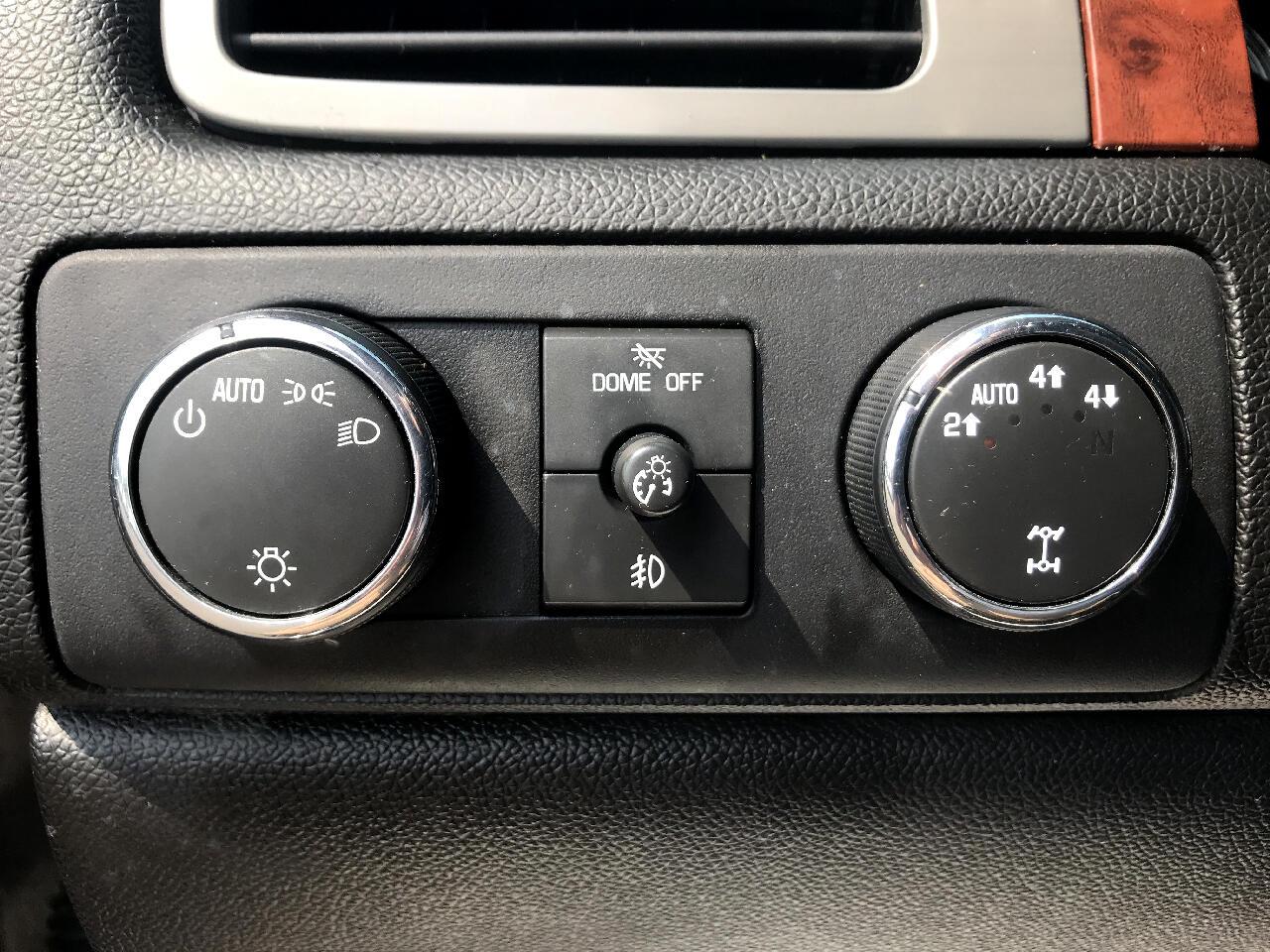 Chevrolet Tahoe 4WD 4dr 1500 LTZ 2008