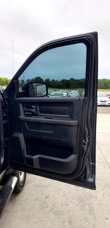"RAM 3500 4WD Crew Cab 169"" Tradesman 2014"