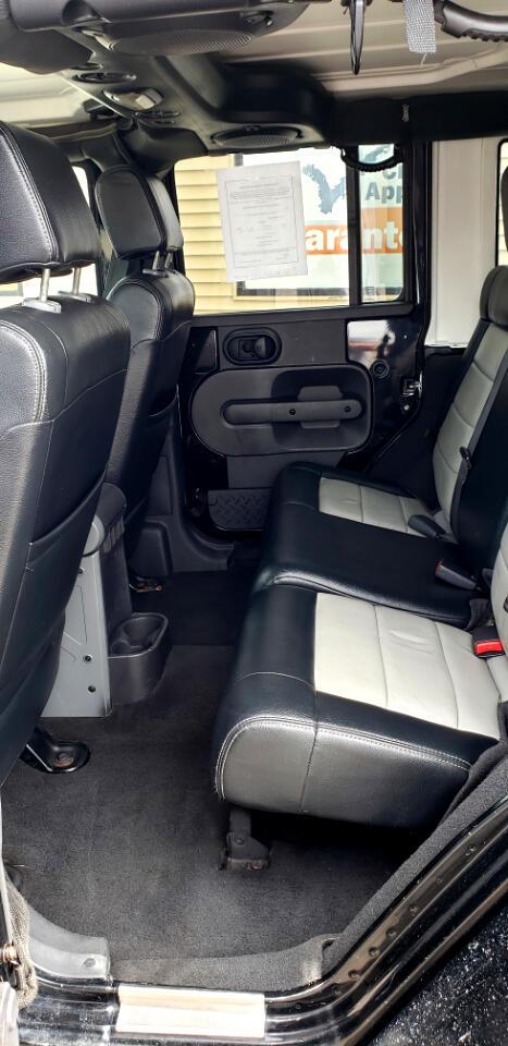 Jeep Wrangler 4WD 4dr Unlimited Sahara 2008