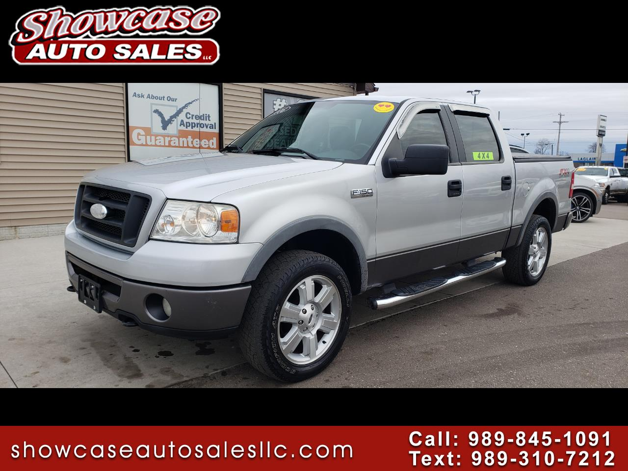 """Ford F-150 SuperCrew 139"""" FX4 4WD 2006"""