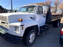 1993 Ford F700