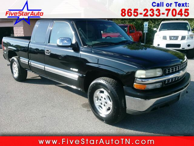 2002 Chevrolet Silverado 1500 LT Ext. Cab 4-Door Short Bed 4WD