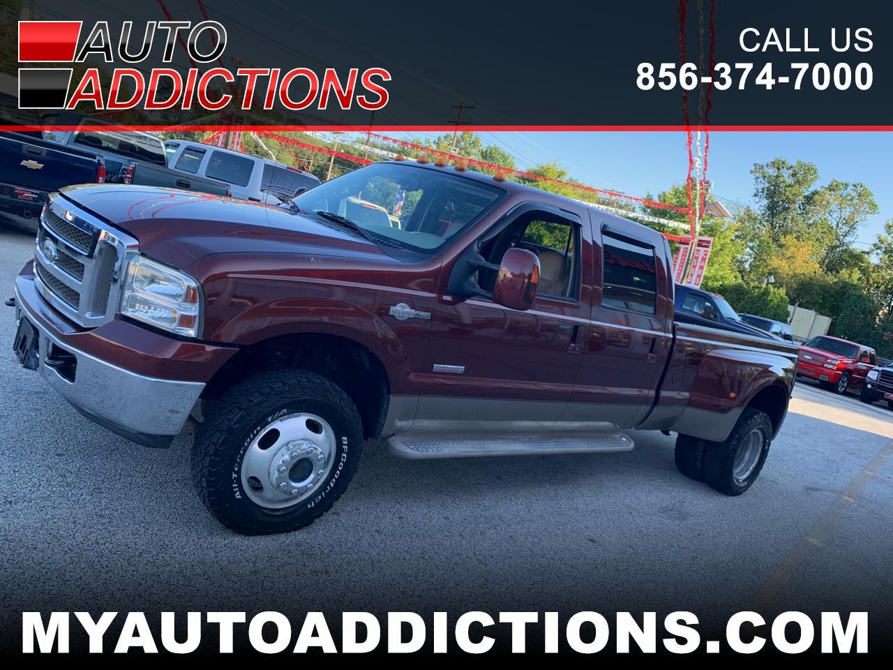 "Ford F-350 Crew Cab 4dr 168"" WB DRW 2006"
