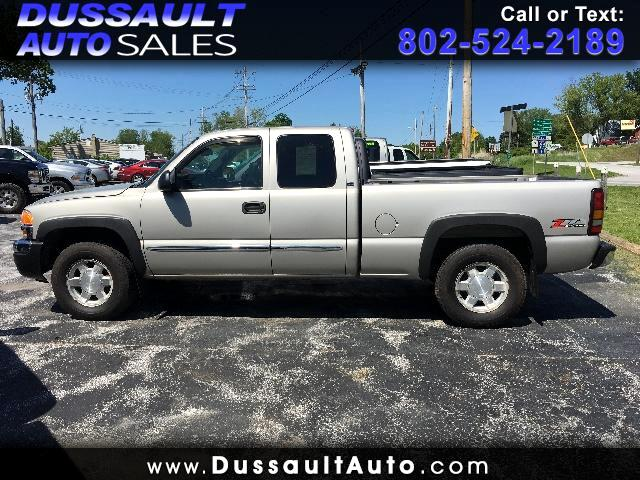 2005 GMC Sierra 1500 SLE Ext. Cab 4-Door Short Bed 4WD