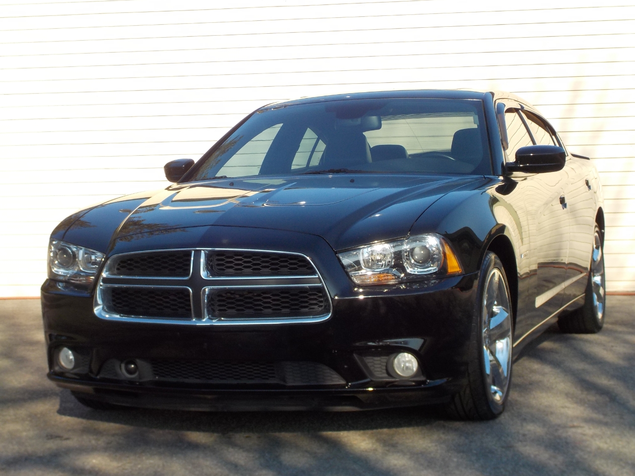 Dodge Charger 4dr Sdn RT Max RWD 2013