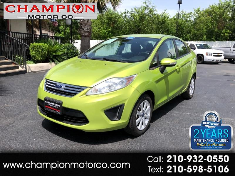 2013 Ford Fiesta 4dr Sdn SE