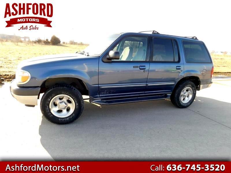 2000 Ford Explorer XLT 4WD