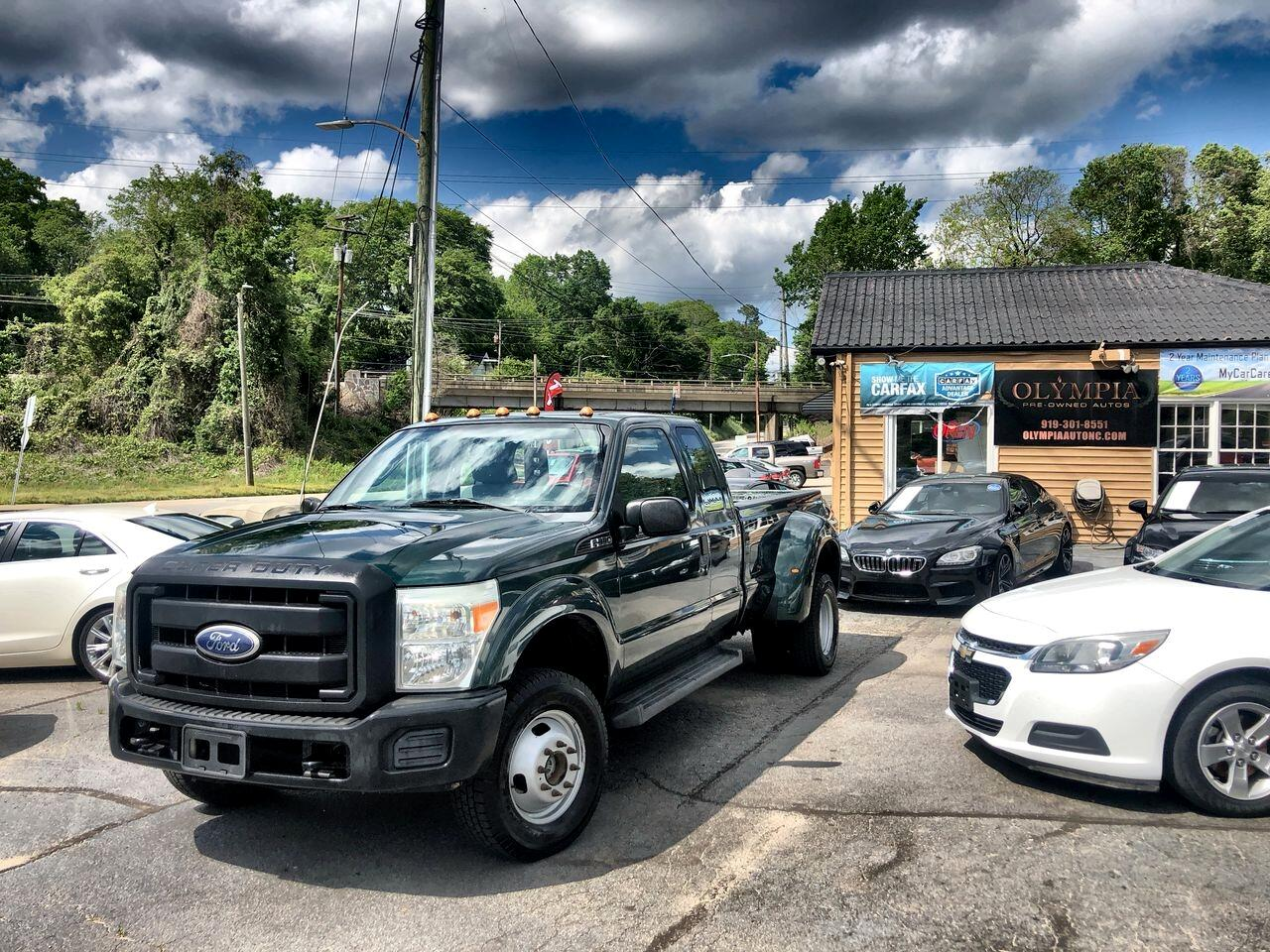 "Ford Super Duty F-350 DRW 4WD SuperCab 158"" Lariat 2011"