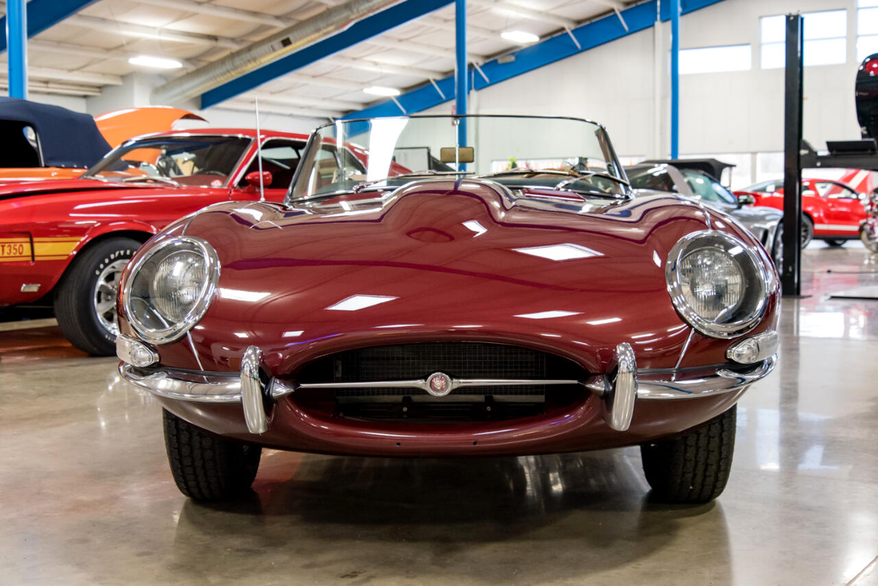 1964 Jaguar XK-Series 2dr Roadster 6-cyl. 3781cc/265hp 3x1bbl