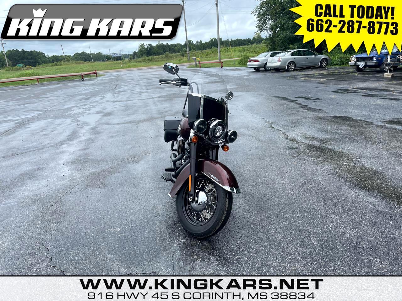 Harley-Davidson Heritage Classic 114  18
