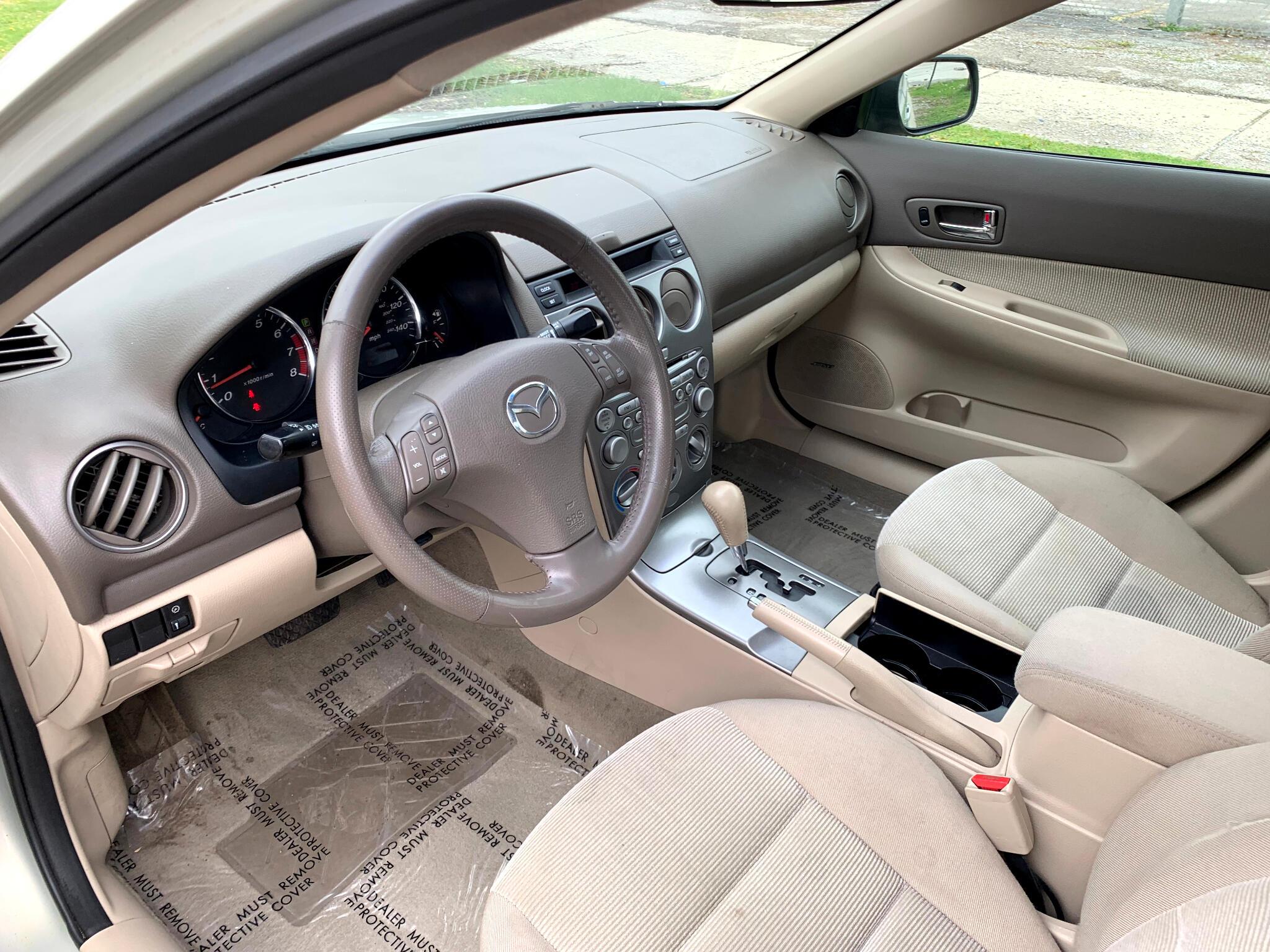 2004 Mazda MAZDA6 4dr Sdn i Auto I4