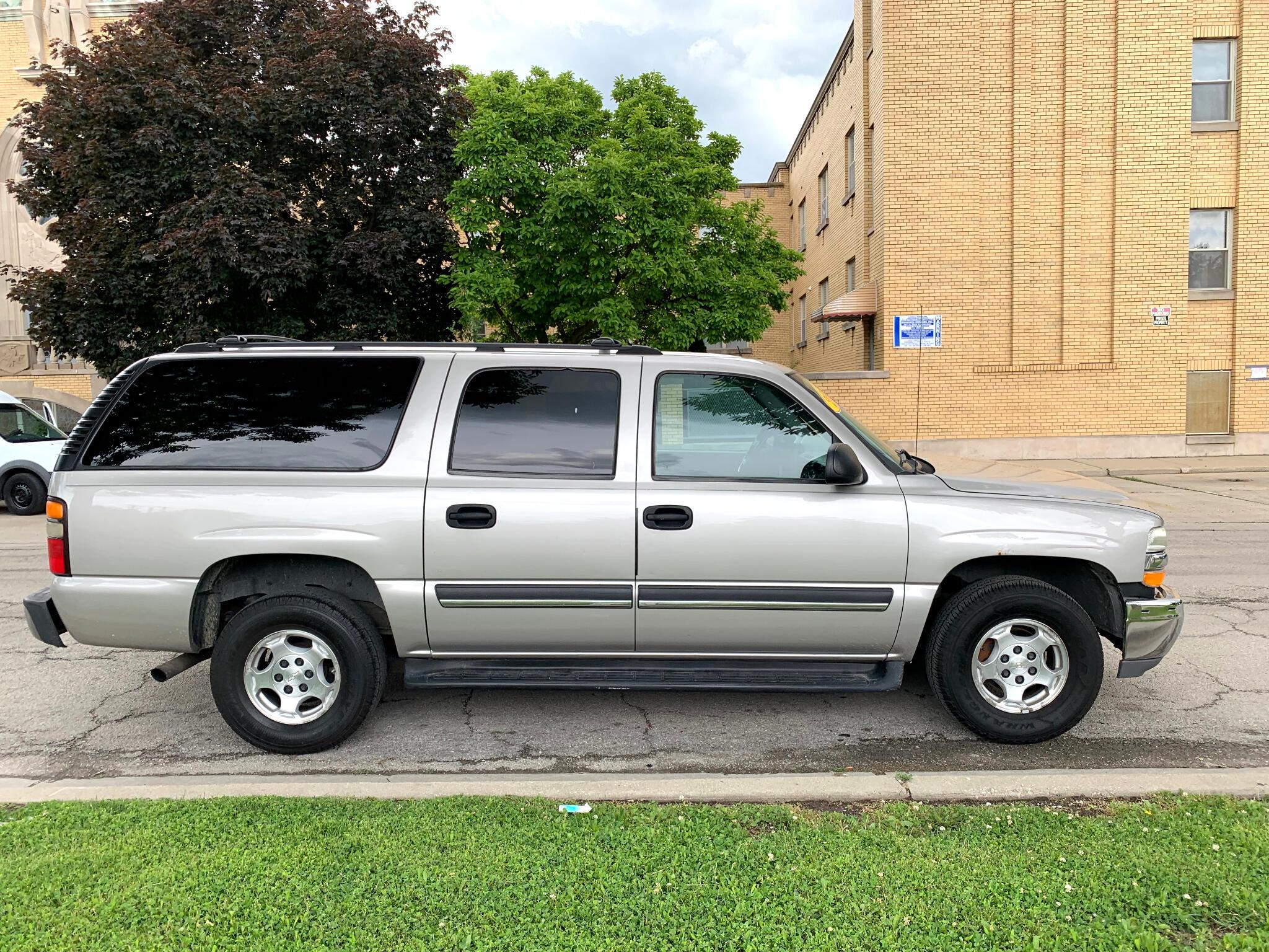 2004 Chevrolet Suburban 4dr 1500 LS