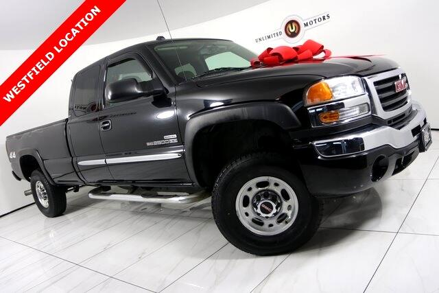 2005 GMC Sierra 2500HD SLE Ext. Cab Long Bed 4WD