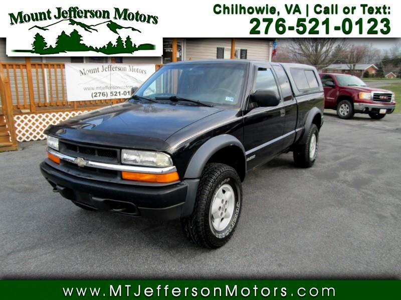1999 Chevrolet S10 Pickup LS Ext. Cab 4WD