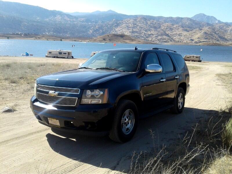 2008 Chevrolet Tahoe LS 9 PASSENGERS