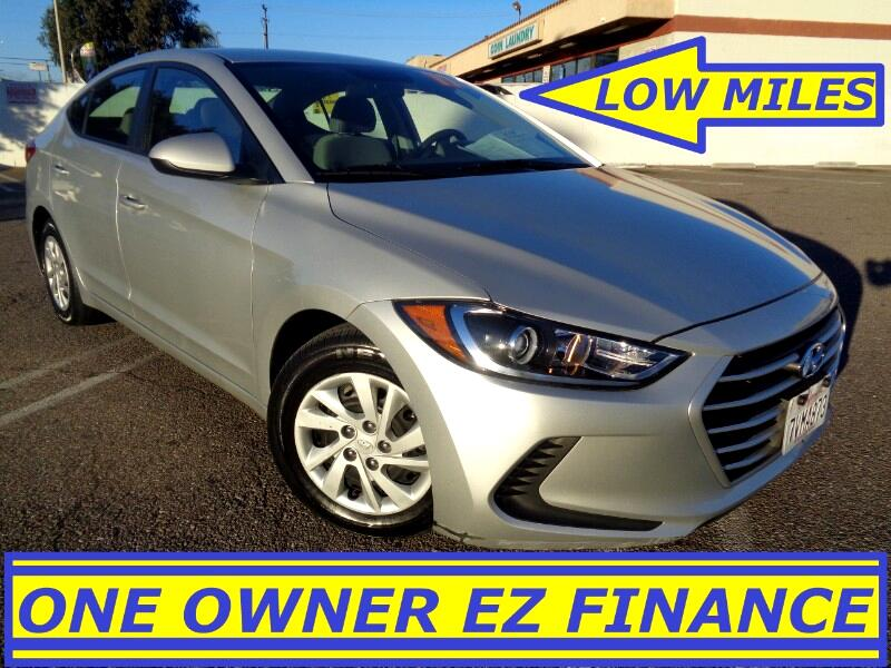 2017 Hyundai Elantra SE LIKE NEW ONE OWNER