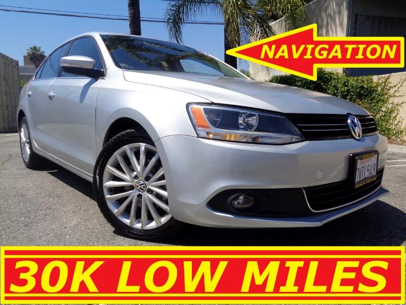 2011 Volkswagen Jetta SEL EXTREMELY LOW MILES