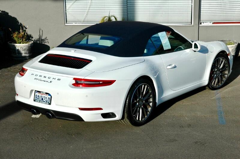Porsche 911 Carrera  2017