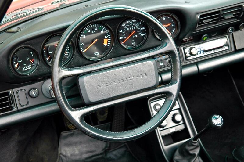 Porsche 911 Carrera 2dr Cabriolet 1987