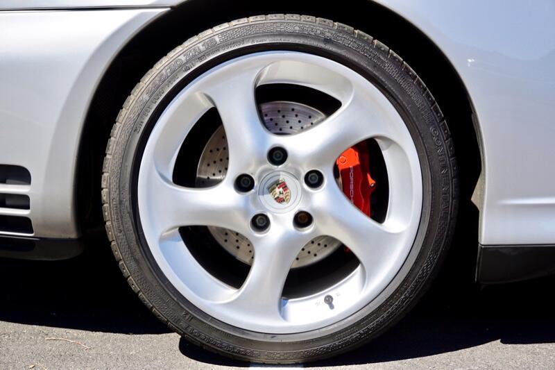 Porsche C4S  2002