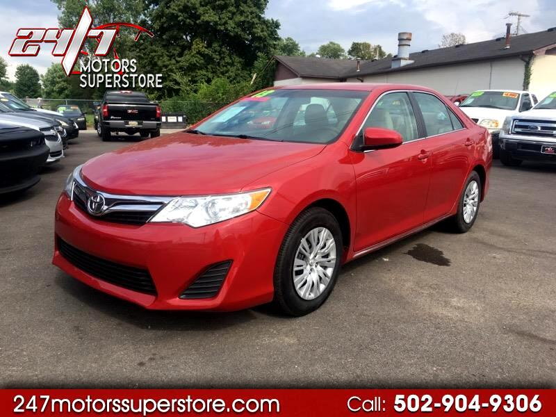 2013 Toyota Camry 4dr Sdn XLE Auto
