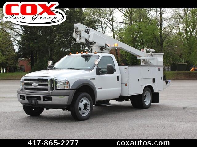 2005 Ford F-450 SD Altec AT200A Bucket Truck