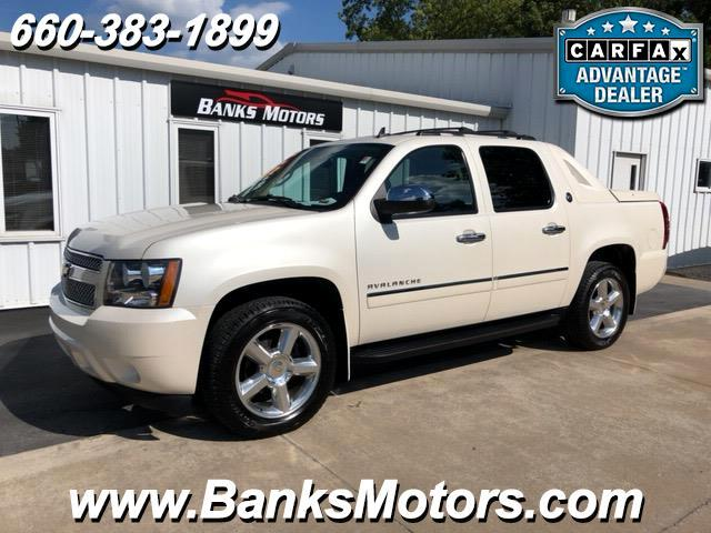 2013 Chevrolet Avalanche LTZ 4WD Black Diamond Edition