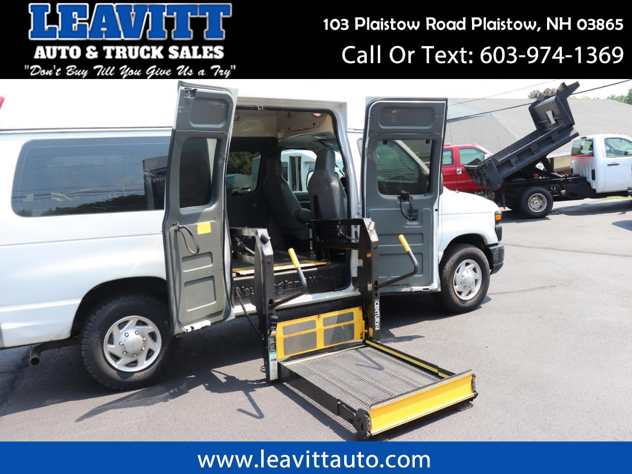 2009 Ford Econoline E-250 W/ HANDICAP LIFT
