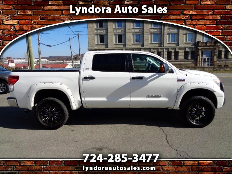 Toyota Tundra Tundra-Grade CrewMax 5.7L 4WD 2012