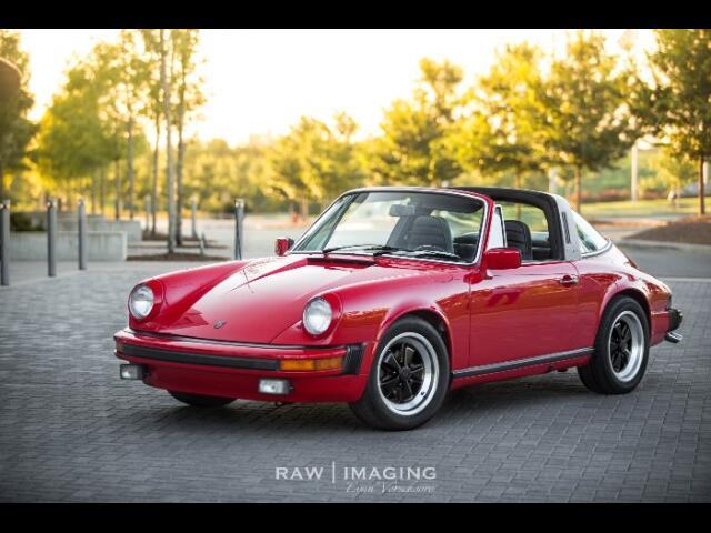 1977 Porsche 911 2dr SC Targa 5-Spd