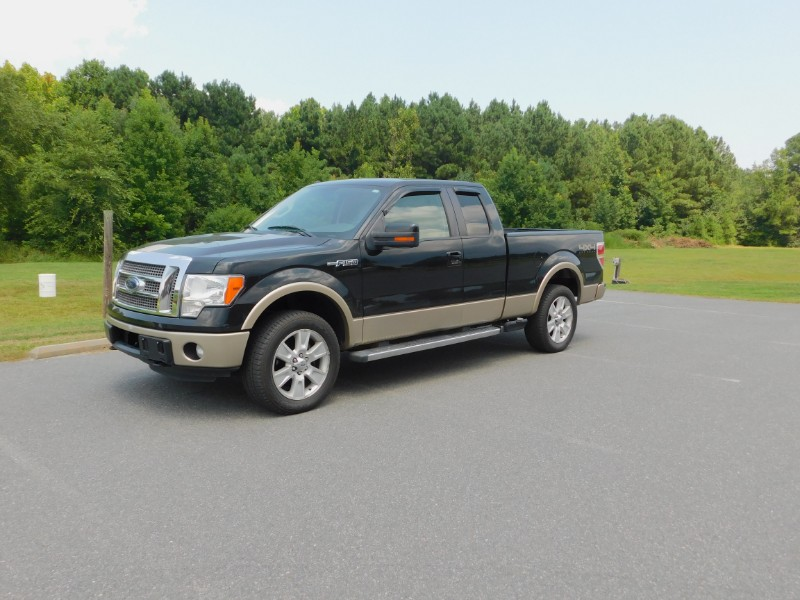 Ford F-150 Lariat SuperCab 6.5-ft. Bed 4WD 2011