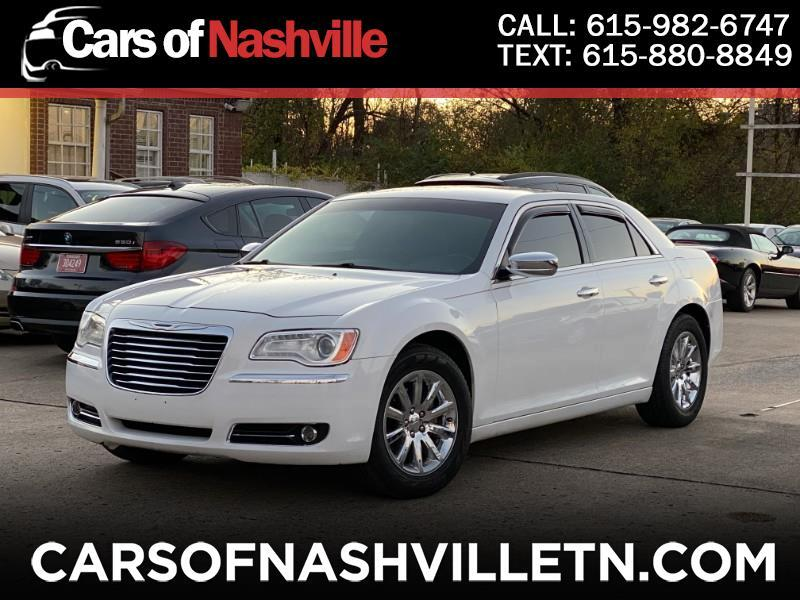 Chrysler 300 4dr Sdn 300 Limited RWD 2012