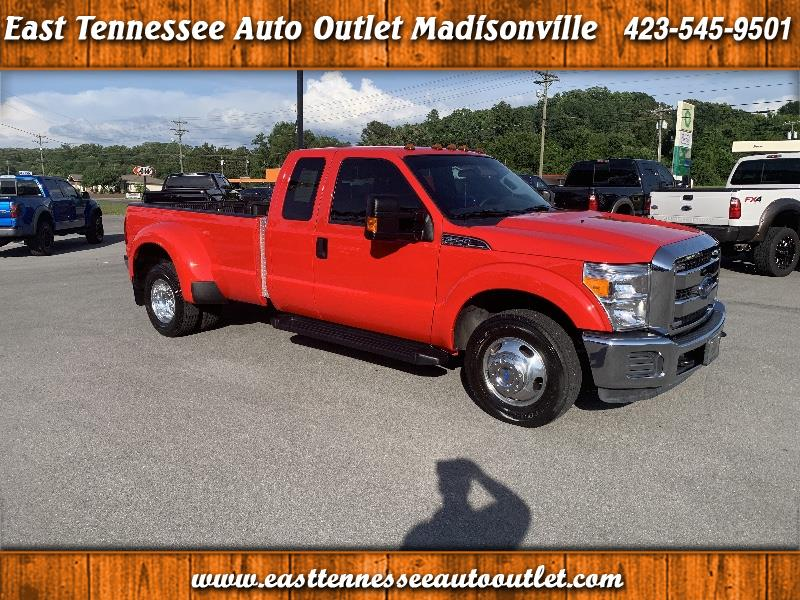 Ford F-350 SD XLT SuperCab Long Bed DRW 2WD 2016