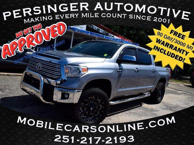 Toyota Tundra 4WD Limited CrewMax 5.5' Bed 5.7L FFV (Natl) 2017