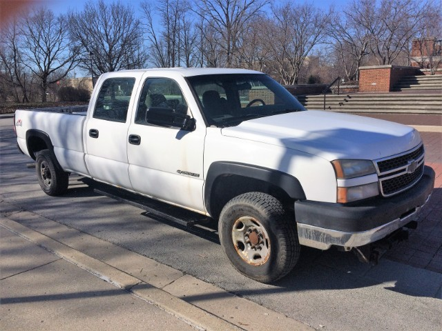 used 2006 chevrolet silverado 2500hd ls crew cab 4wd for sale in carmel in 46032 quality. Black Bedroom Furniture Sets. Home Design Ideas