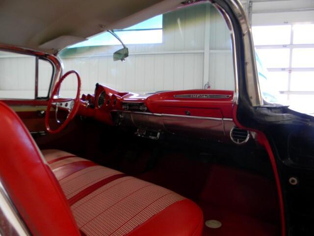 1960 Chevrolet Impala 32