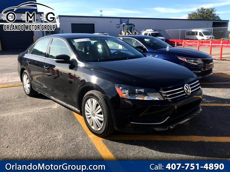 2014 Volkswagen Passat 1.8T S AT