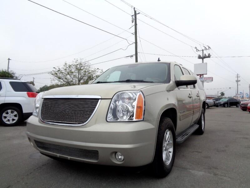 2010 GMC Yukon XL SLE-1 1/2 Ton 2WD