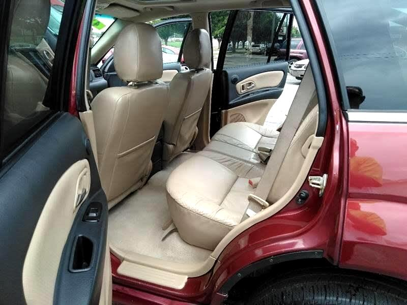 2003 Isuzu Axiom S 4WD