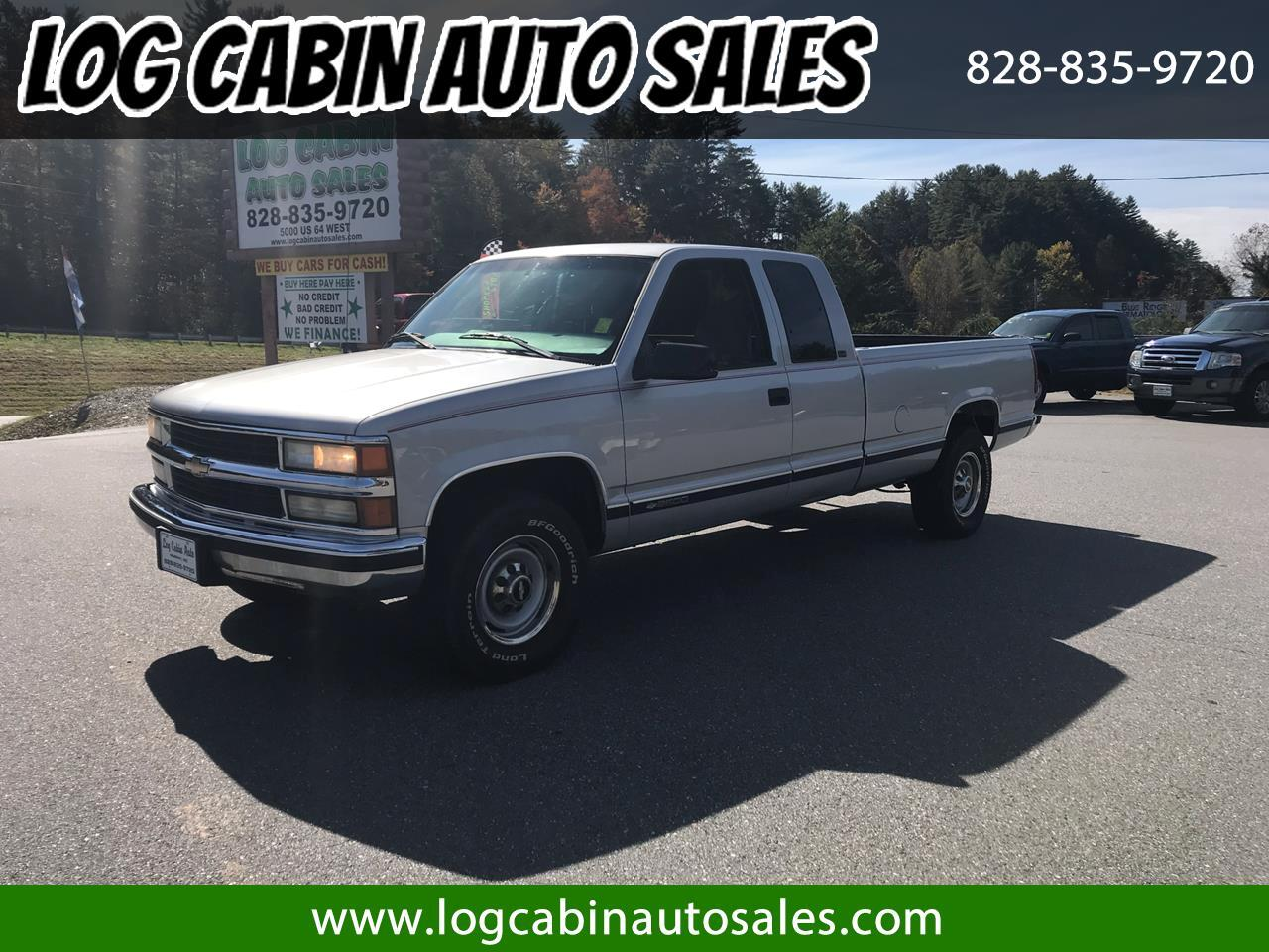 1997 Chevrolet C/K 2500 Ext. Cab 8-ft. Bed 2WD