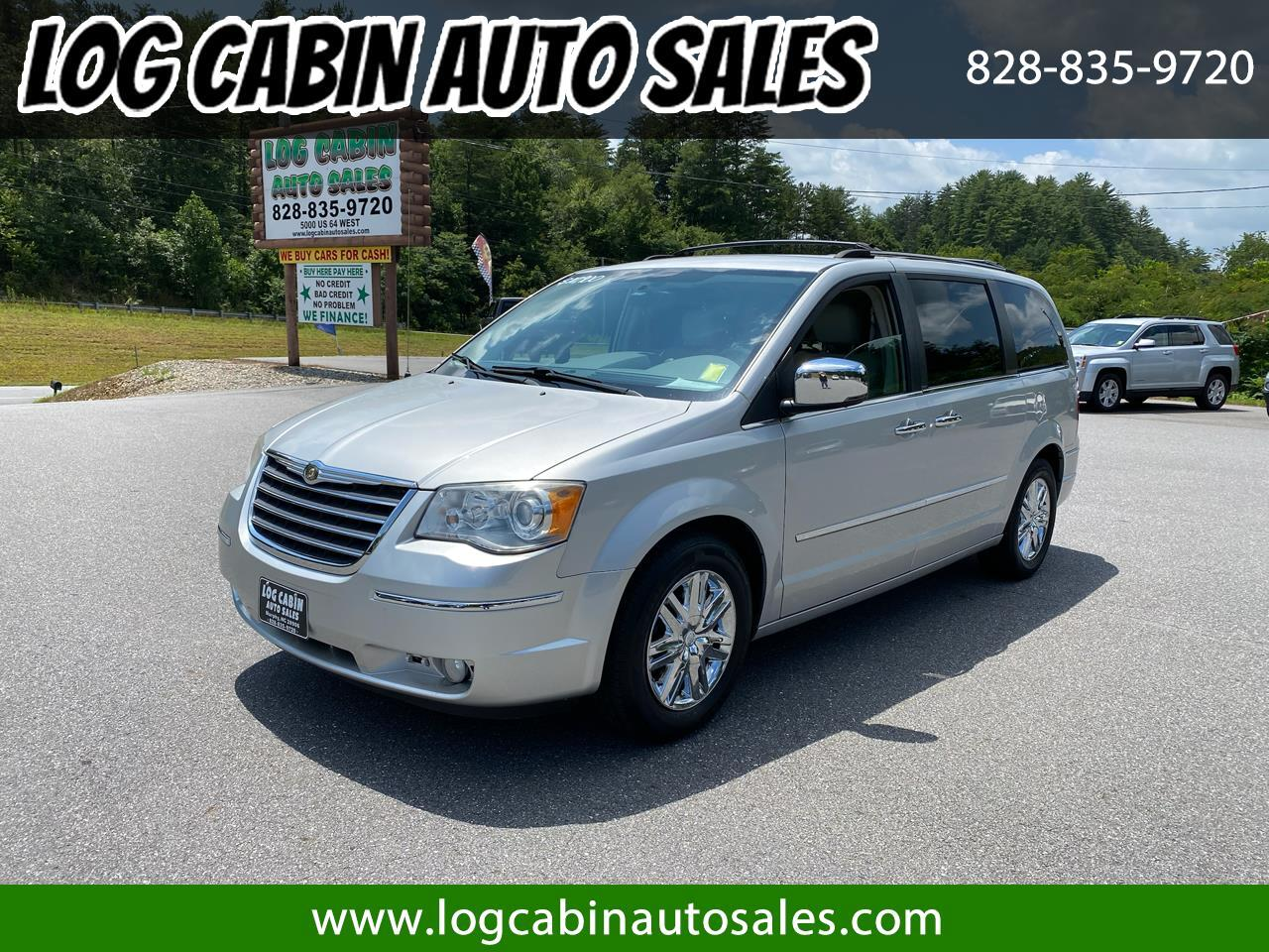 Chrysler Town and Country Limited 2010