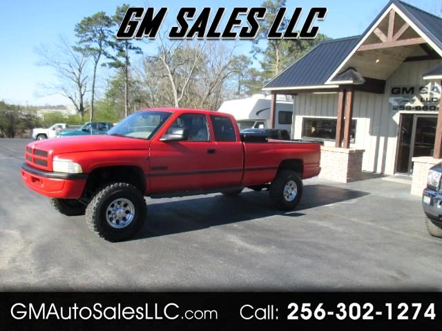 1997 Dodge Ram 2500 ST Club Cab 6.5-ft. Bed 4WD