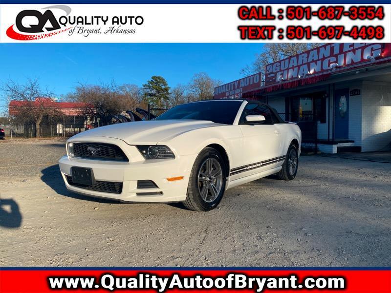 Ford Mustang V6 Convertible 2013