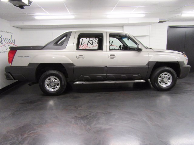 2004 Chevrolet Avalanche LS 4WD